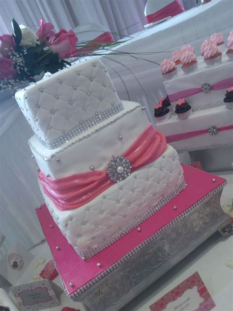 Simple Wedding Cake And Cupcakes by Simple And Wedding Cake And Mini Cupcakes
