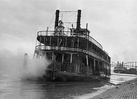 steam boat on the mississippi 316 best steamboats images on pinterest lakes ponds and