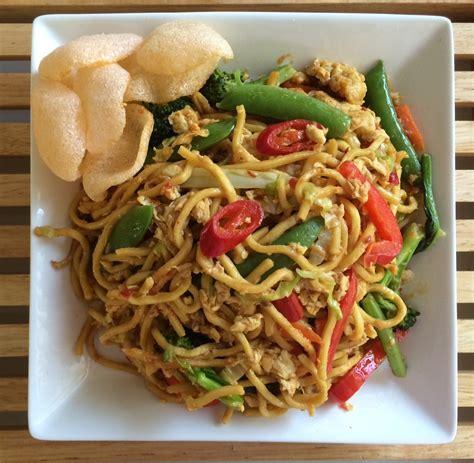 membuat mie tek tek goreng main dishes sedap indo catering