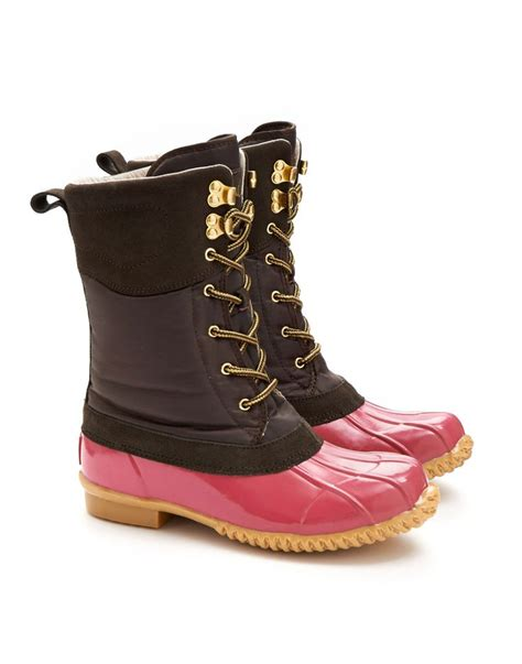 pink duck boots best 25 womens boots fashion ideas on womens
