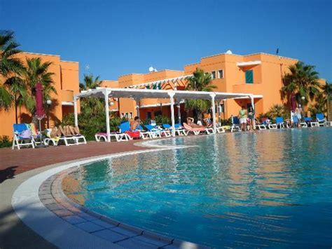 hotel e villaggi porto cesareo villaggio baiamalva resort a porto cesareo