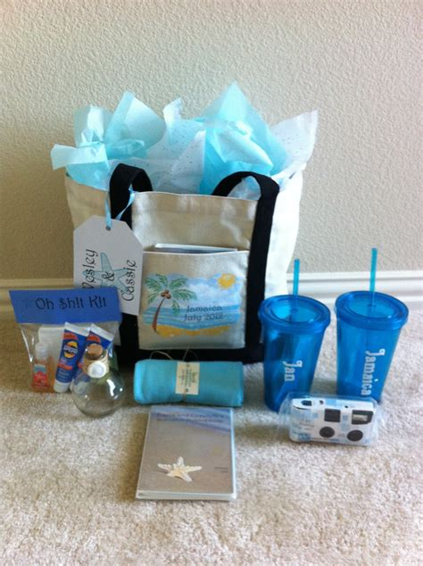diy wedding welcome gift bags connoisseur of creativity diy destination wedding welcome bags