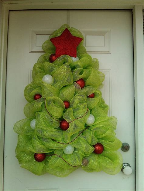 large christmas tree wreath deco mesh holiday ideas