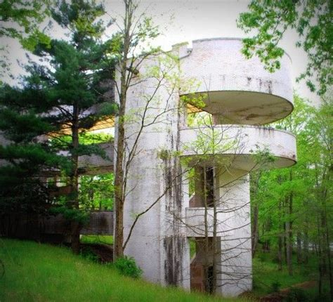 Pennsylvania Honeymoon Cabins by Abandoned Honeymoon Resorts Of The Pocono Mountains