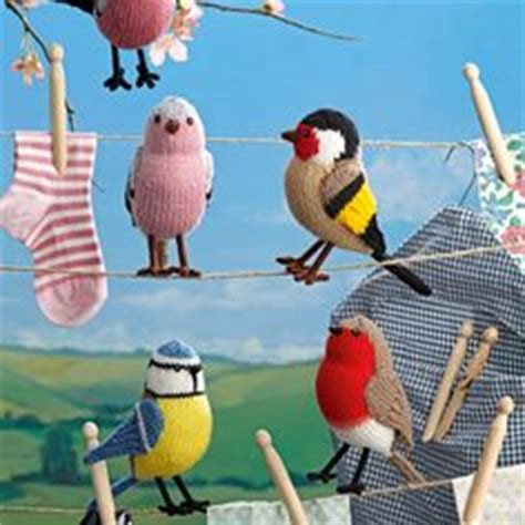 free bird knitting patterns 1000 images about amigurumi birds and bees on