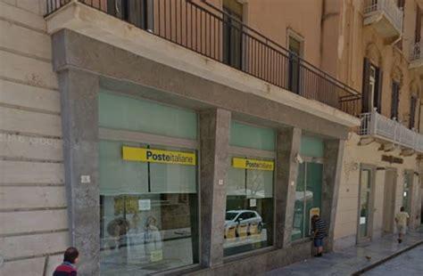 ufficio postale trapani direttore ferito da cancello chiuso ufficio postale di