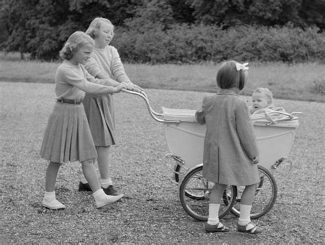 wandlen vintage 17 beste afbeeldingen antieke kinderwagens op