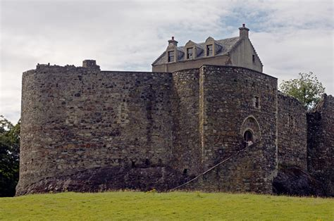 Records In Scotland File Dunstaffnage Castle Trois Quarts Jpg Wikimedia