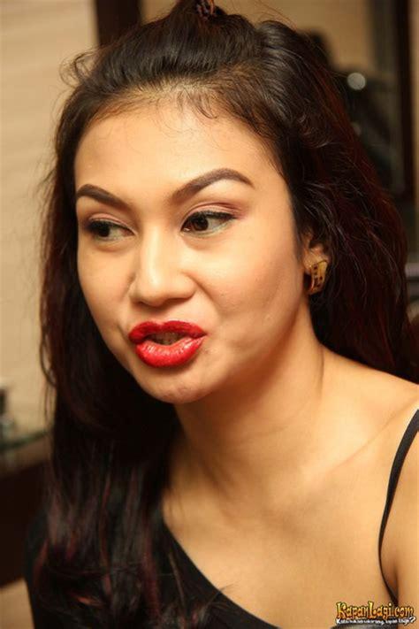 tattoo bibir indonesia serba serbi selebriti ikuti tren sulam alis dan bibir