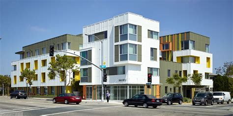housing california 2802 pico housing moore ruble yudell architects planners