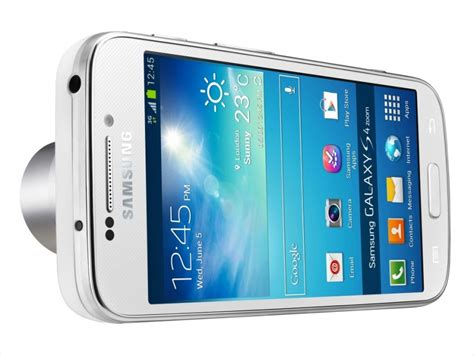 samsung galaxy with zoom samsung galaxy zoom s4 a smartphone with a zoom lens attached