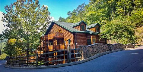 Cabin Deals In Gatlinburg by Smoky Mountains Packages Gatlinburg Vacation Packages