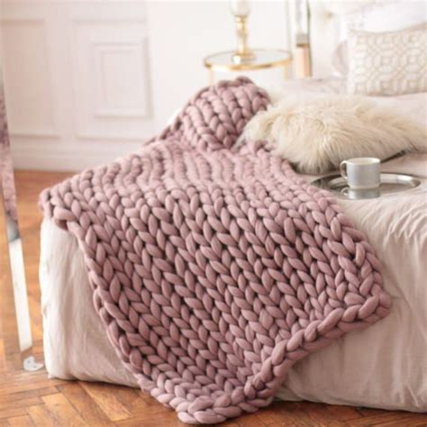 big knit blanket best 25 pink blanket ideas on peaceful