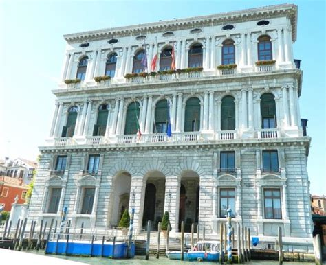 prefettura di ufficio cittadinanza palazzo corner della ca granda prefettura di venezia