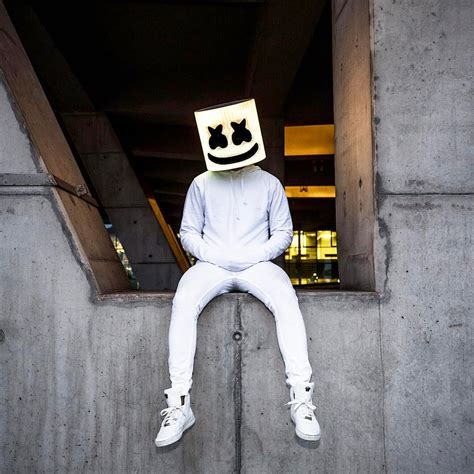 marshmello you and me singer feed me accidently shares picture of marshmello without