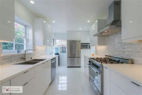 White Flat Panel Kitchen Cabinets Glossy White Flat Panel Kitchen Cabinet Kitchen Beeman Ave Studio City Pinterest