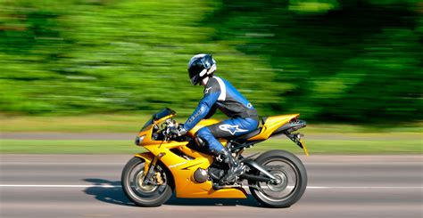 Triumph Daytona 675 Gold   Motorcycle Review and Galleries