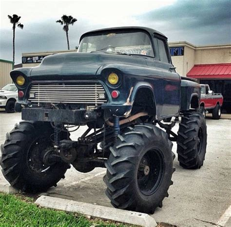 badass trucks follow us to see more badass lifted diesel or gas trucks