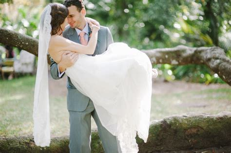 What's Your Wedding Dress Style? A Quiz to Find Your