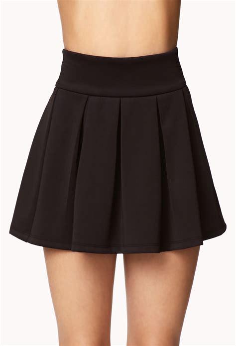 forever 21 box pleated skirt in black lyst