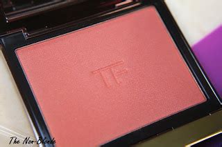 A Concept Cheek Me 01 Me tom ford lust 01 cheek color the non