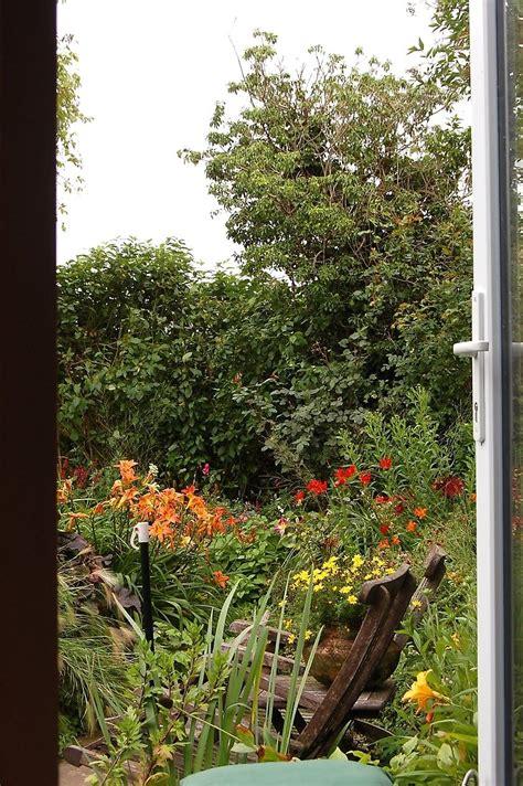 garten janssen garten janssen wilhelmshaven het tuinpad op in