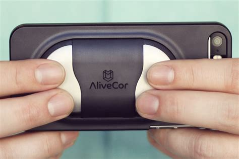 monitor app fda approves alivecor monitor app and iphone digital trends