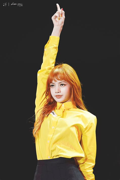 BLACKPINK Lisa's New Hairstyle Is Literally Hotter Than