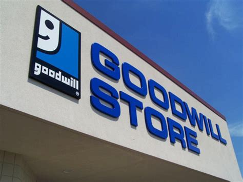 Shocking rip off by do gooders goodwill pays workers with
