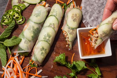 How To Make Rice Paper Recipe - rice paper banh mi with five spice chicken recipe chow