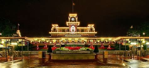 least crowded mickey s very merry christmas party 2015