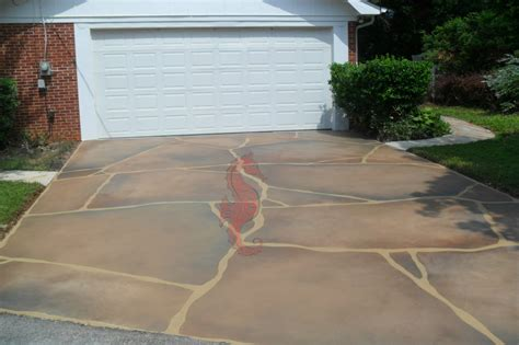 How To Refinish A Concrete Patio by Resurface A Cracked Concrete Driveway Zozeen