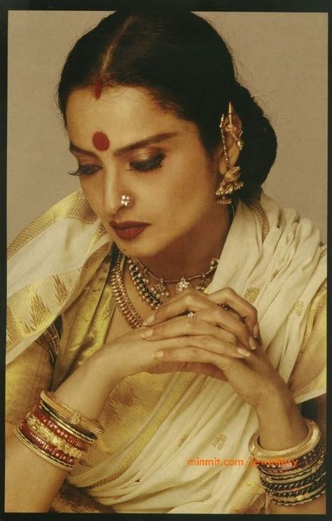 Indian Actresses Wardrobe by Rekha Wearing Traditional Tamil