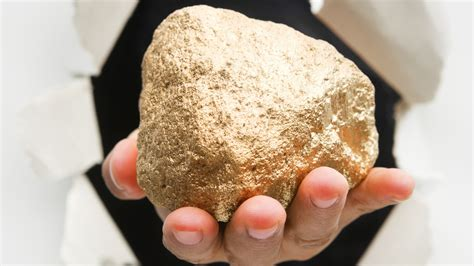 gold nugget found in backyard 17 pound gold nugget found worth more than 255k photo