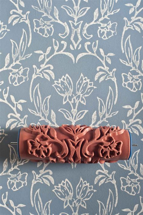 no 7 patterned paint roller from the painted house patterned paint roller kit2 fubiz media