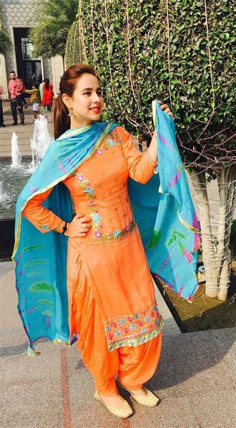 punjabi grls suit long hair fashionable punjabi suit for trendy girls designers