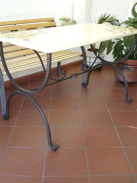 tavoli e sedie in ferro battuto sedie e tavoli luzzi ferro battuto