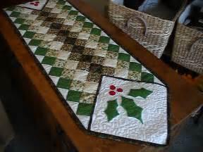 table runner quilt in progress