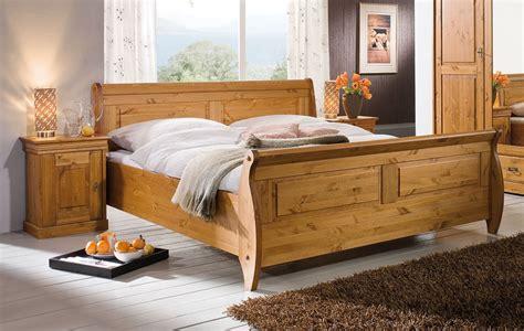 kiefer schlafzimmer komplett schlafzimmer set 3teilig kiefer massiv honigfarben lackiert