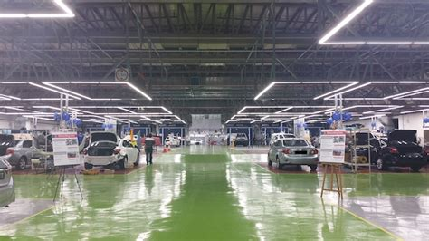 Suzuki Service Centre Singapore Inchcape Opens New Vehicle And Paint Facility