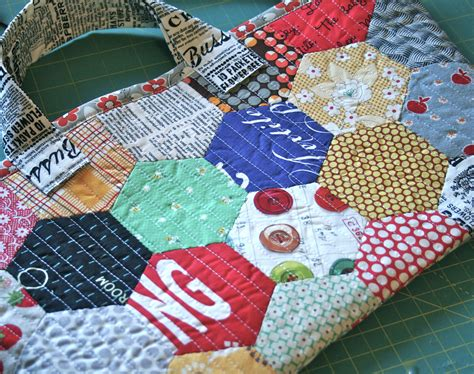 Sew Patchwork - purse palooza pattern review patchwork hexagon