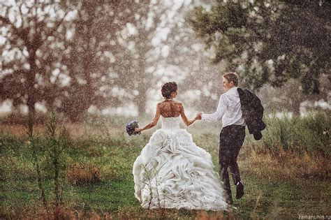 The Best Wedding Photos by Wedding Photography Disaster Or Weather Blessing Rainy