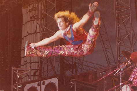 Halen Are Getting Back Together With David Roth by Halen S David Roth In Flight Pic Of The Week
