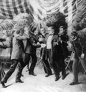 Leon czolgosz shoots president mckinley with a concealed revolver