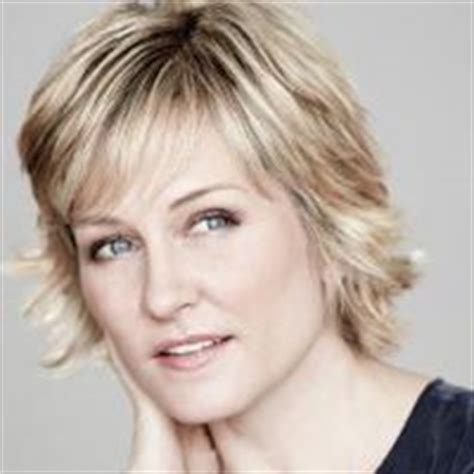 amy carlson short hairstyle amy carlson short hairstyles rachael edwards