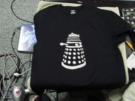 makeable gifts for boyfriend best 25 dr who shirt ideas on doctor who shirts doctor who and dr who