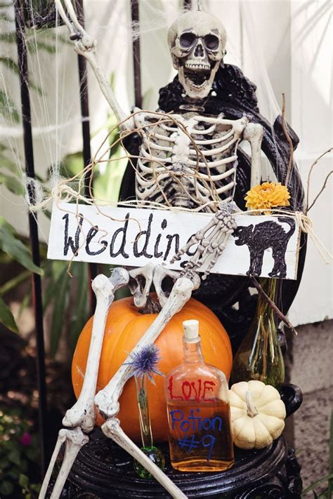 25  best ideas about Halloween themed weddings on