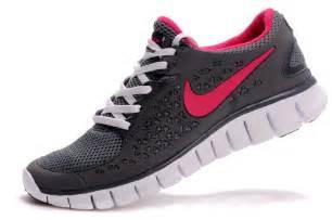 nike shoes nike free run running shoes grey pink nike