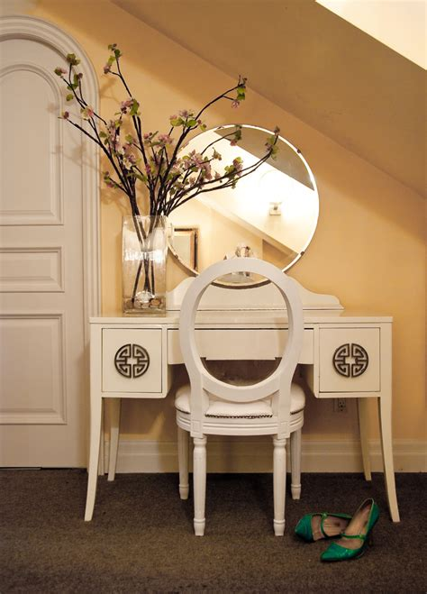 traditional table for bedroom makeup vanity table bedroom traditional with dressing