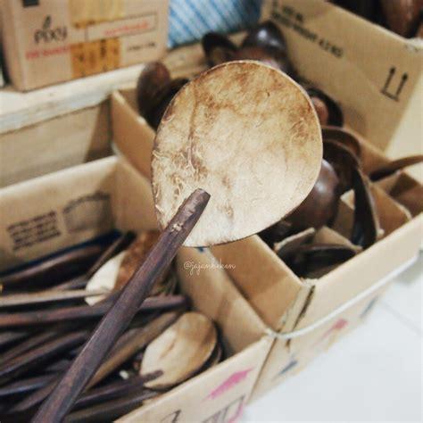 Piring Saji Dari Anyaman Rotan kuliner indonesia berburu piring antik di pasar mayestik